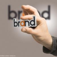 Logodesign - Kommunikation der Unternehmung als Ganzes